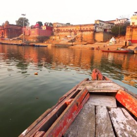 """W Varanasi – fragment z książki """"Blondynka nad Gangesem"""""""