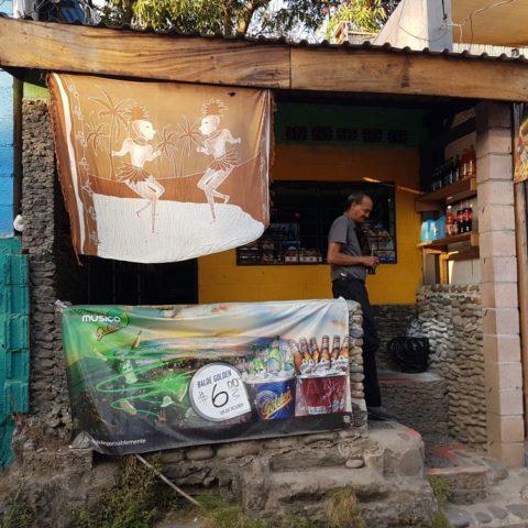 Bar w El Tunco,  fot. Beata Pawlikowska