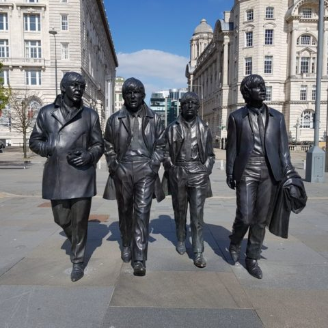 Pomnik Beatlesów na przystani Pier Head, fot. Beata Pawlikowska