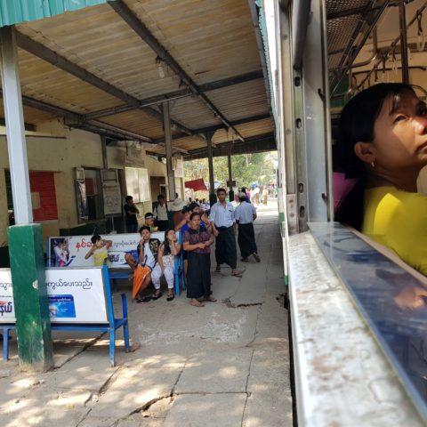 Pociągiem przez Birmę, fot. Beata Pawlikowska