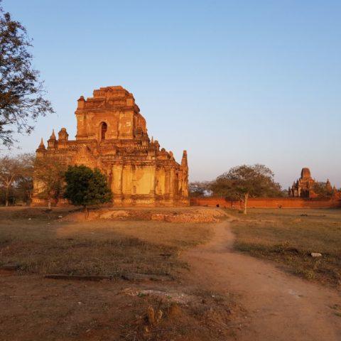 Na równinie Bagan,  fot. Beata Pawlikowska