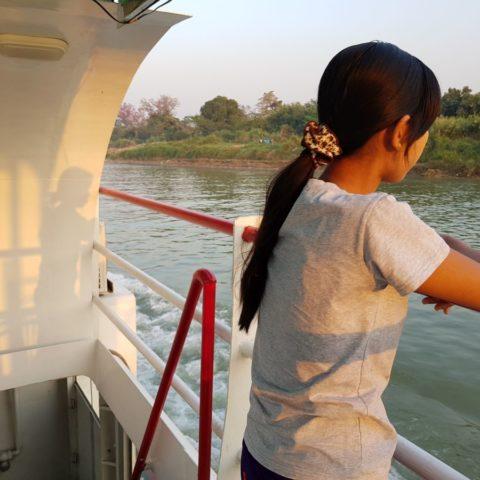 Podróż statkiem po rzece Irrawaddy,  fot. Beata Pawlikowska