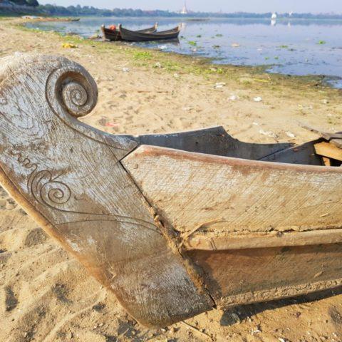 Birmańska łódź,  fot. Beata Pawlikowska