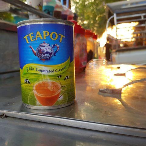 Mleko do robienia herbaty po birmańsku,  fot. Beata Pawlikowska