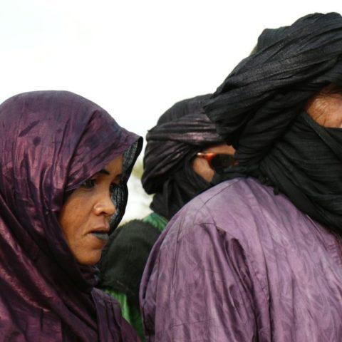Tuaregowie z pustyni Sahara w południowej Algierii