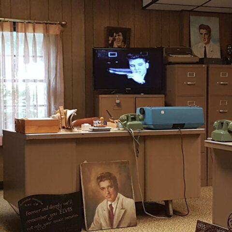Biuro w Graceland, gdzie urzędował tata Elvisa, Vernon.