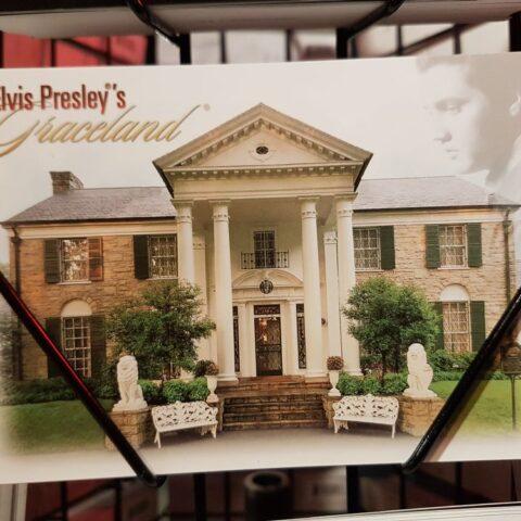 Graceland na pocztówce.