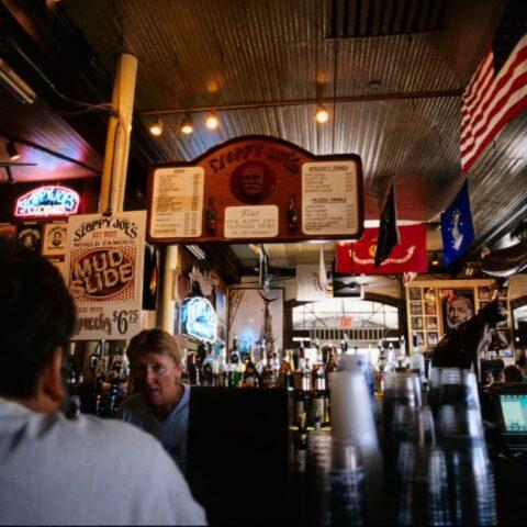 Bar Sloppy Joe, gdzie lubil przychodzić Ernest Hemingway, Key West.