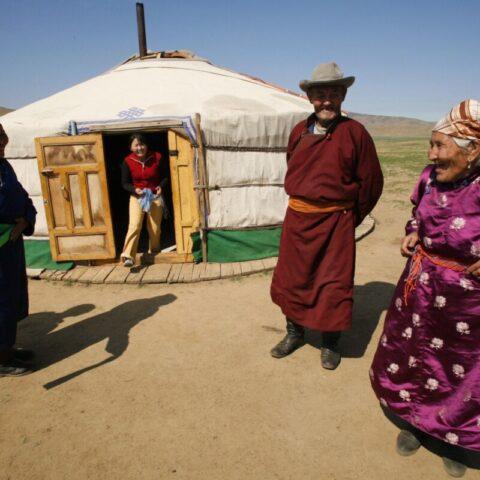 Jurta, dom na stepach Mongolii.